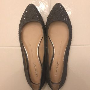 Gianni Bini grey studded flats